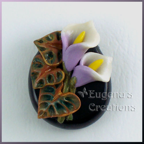 One-of-a-kind bead with hand-sculpted calla lilies